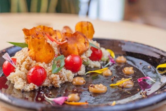 ensalada-quinoa-restaurante-navaja
